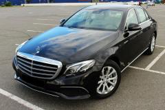 Mercedes_w213_E220-2