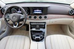 Mercedes_w213_E220-6