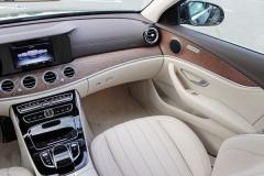 Mercedes_w213_E220-7