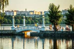 Rent a car with a driver in Ternopil